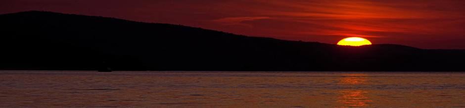okrug boat sunset