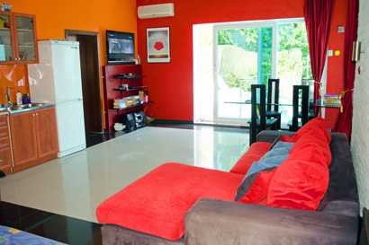 accommodation in trogir with pool and large living room